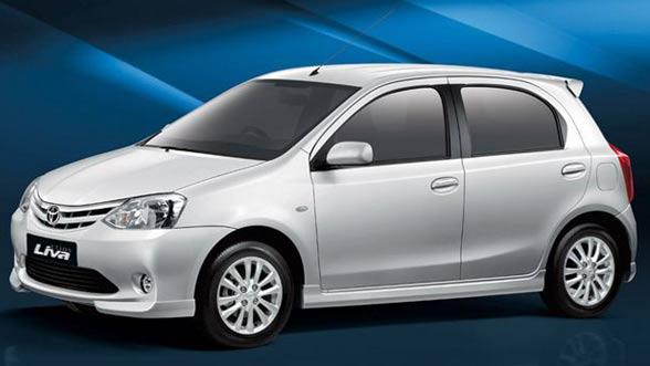 Toyota Etios LIVA Front View