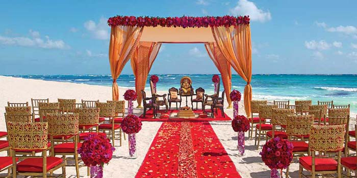 Plan a Successful Destination Wedding with Essential Tips and Checklist